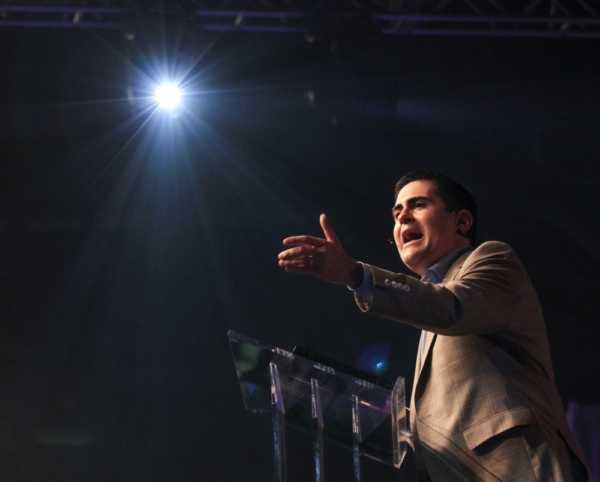 Russell Moore Explains 'What to Do When a Pastor Falls' to the Temptation of Sin